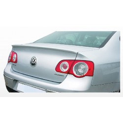 Volkswagen Passat '06 AT Rear Spoiler